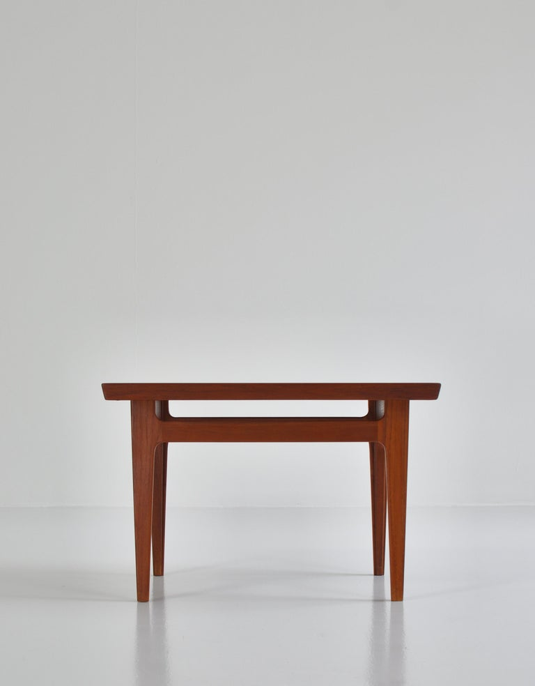 Finn Juhl Pair of Side Tables in Solid Teakwood by France & Son, 1959 For Sale 2