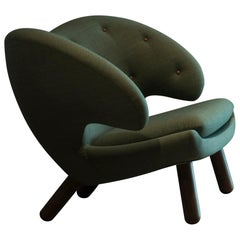 Finn Juhl Pelican Chair Fabric with Buttons and Wood
