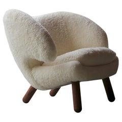 Finn Juhl Pelican Chair