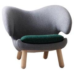 Finn Juhl Pelican Chair Grey and Green, Pilot