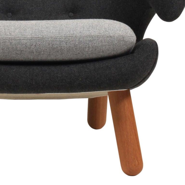 Finn Juhl Pelican Chair Grey Divina Melange In Good Condition For Sale In Barcelona, Barcelona