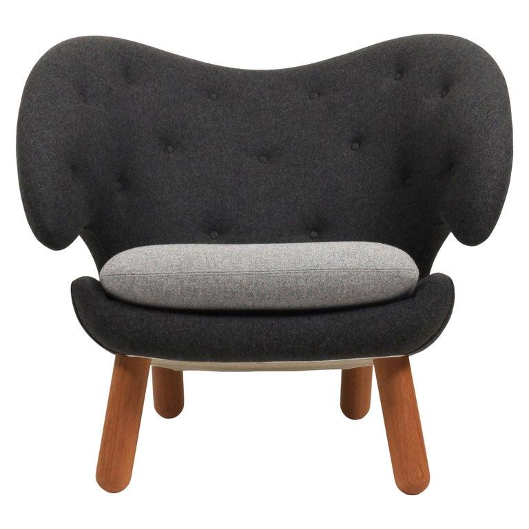 Finn Juhl Pelican Chair Grey Divina Melange For Sale