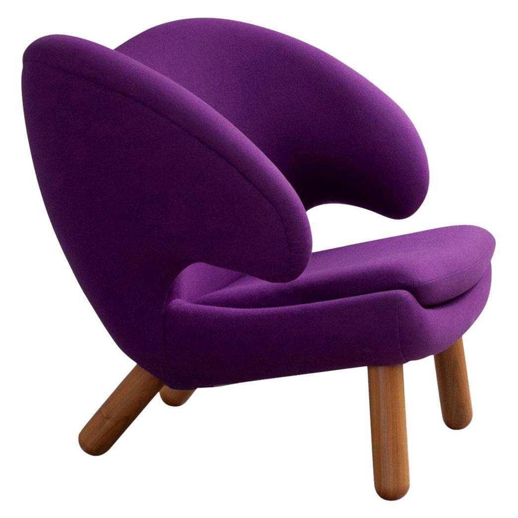 Finn Juhl Pelican Chair Purple Fabric Divina and Wood