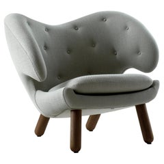 Finn Juhl Pelican Chair Vidar, Walnut