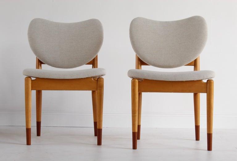 Mid-20th Century Finn Juhl, Rare Dining / Side Chairs, Maple, Teak, Beige Fabric, Denmark, 1949 For Sale