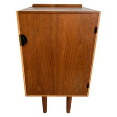 Finn Juhl Small Single Door Cabinet in Teak and Maple for Baker, USA, 1950s