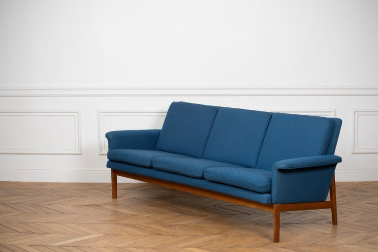 Scandinavian Modern Finn Juhl Sofa, Model No 218