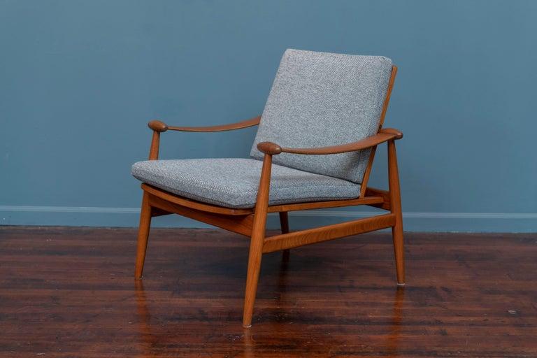 Scandinavian Modern Finn Juhl Spade Chair Model 133 for France & Daverkosen For Sale