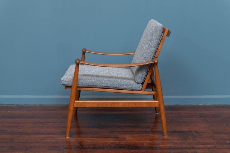 Finn Juhl Spade Chair Model 133 for France & Daverkosen In Good Condition For Sale In San Francisco, CA