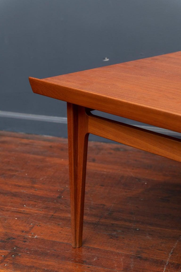 Scandinavian Modern Finn Juhl Teak Coffee Table For Sale