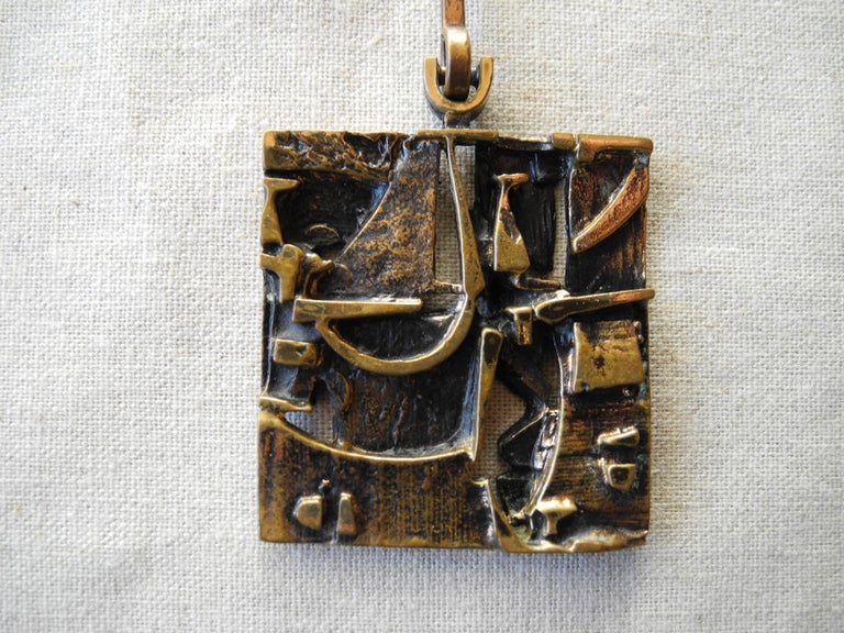 20th Century Finnish Cast Bronze Sculptural Modern Pendant and Chain by Jorma Laine, 1960s For Sale