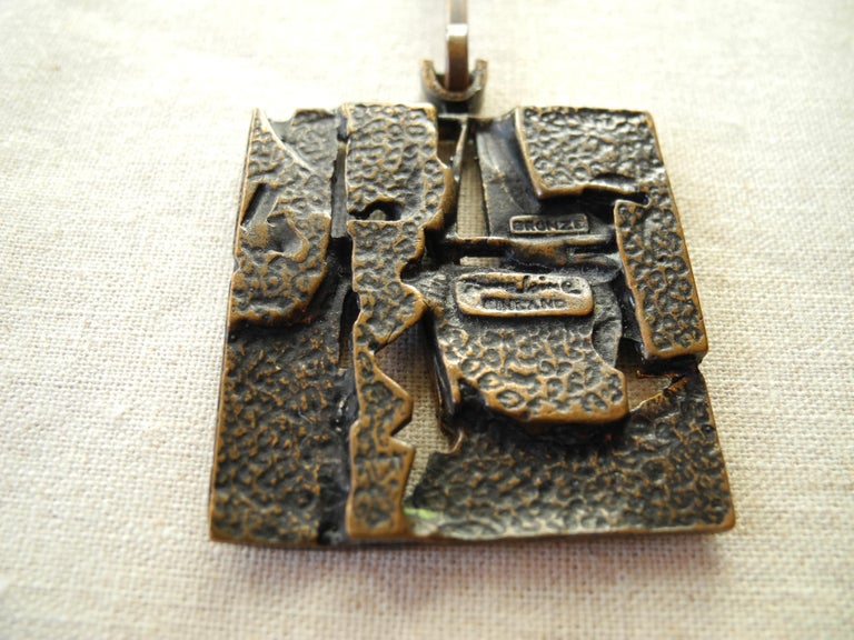 Finnish Cast Bronze Sculptural Modern Pendant and Chain by Jorma Laine, 1960s For Sale 4