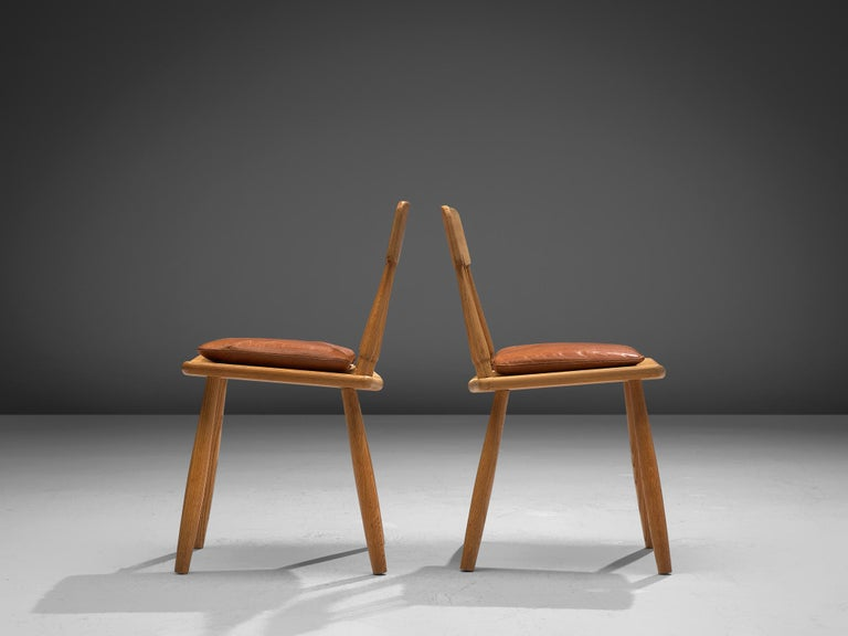Finnish Dining Chairs in Oak with Leather Cushions For Sale 1
