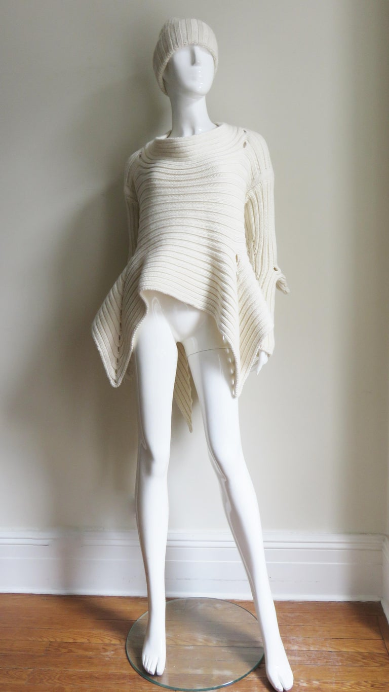 Fintan Mulhollnd Irish Hand Knit Sweater and Touque For Sale 6