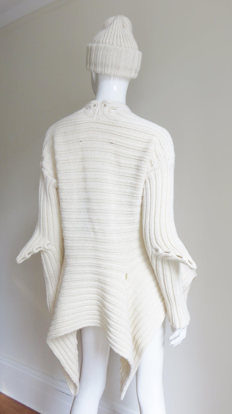 Fintan Mulhollnd Irish Hand Knit Sweater and Touque For Sale 9