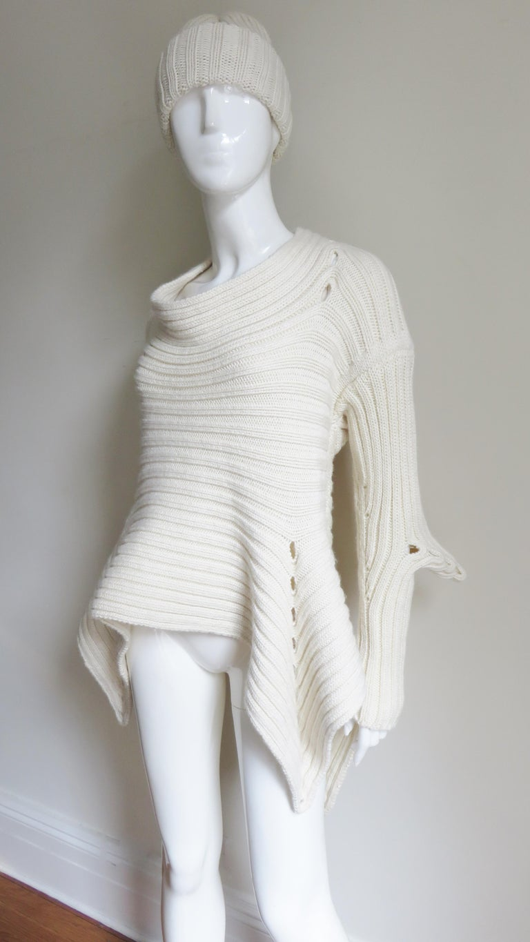 Fintan Mulhollnd Irish Hand Knit Sweater and Touque For Sale 1