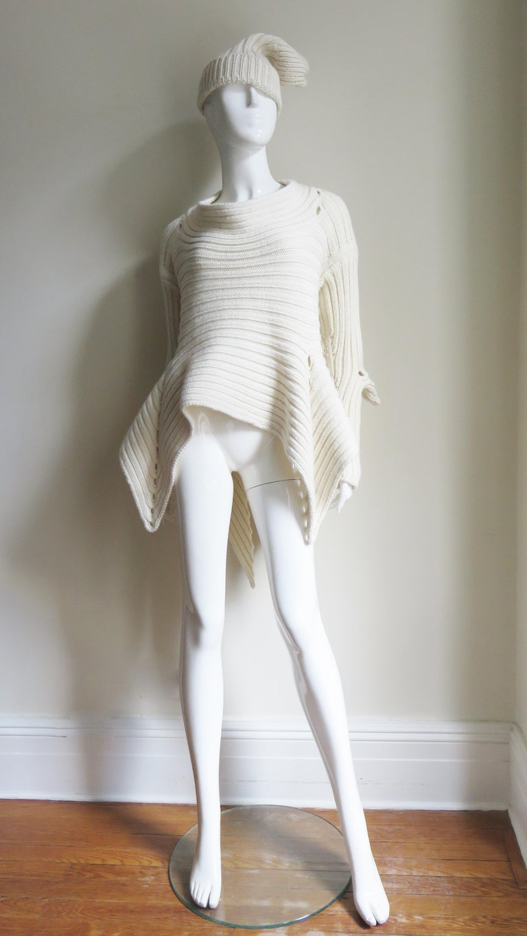 Fintan Mulhollnd Irish Hand Knit Sweater and Touque For Sale 5