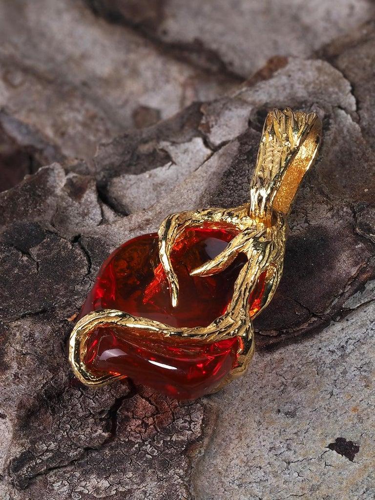 Art Nouveau Fire Opal 18K Yellow Gold Pendant Fiery Red Natural Mexican Gem Healing Power For Sale