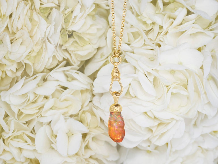 Fire Opal and 18 Karat Gold Pendant Necklace In New Condition For Sale In Berkeley, CA