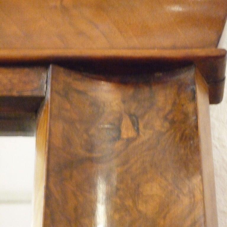 German Fireplace Mirror circa 1840 Walnut Burl Wood Shellac Biedermeier / Regency For Sale