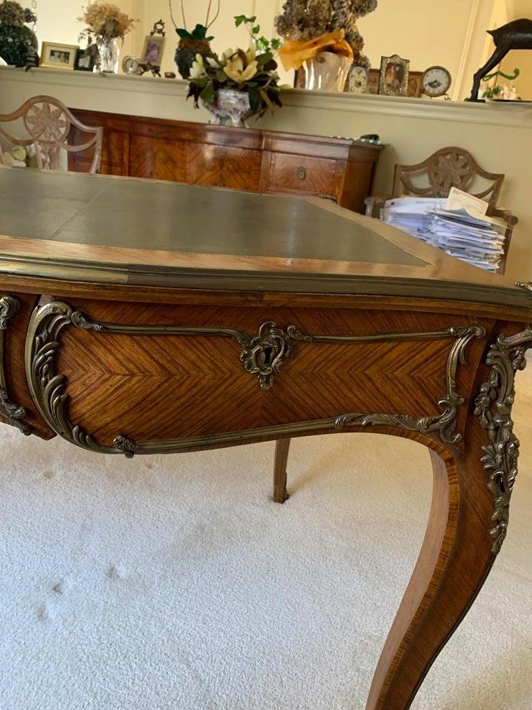 Superb Louis XV Style Kingwood Veneer and Brass Mounted Bureau Plat Desk For Sale 3
