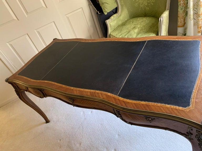 Superb Louis XV Style Kingwood Veneer and Brass Mounted Bureau Plat Desk For Sale 4