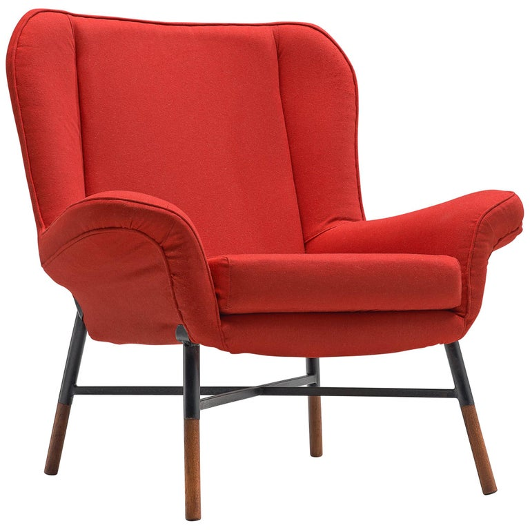 First Edition BBPR 'Giulietta' Lounge Chair in Red Upholstery For Sale