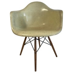 First Edition Charles Eames Paw Chair Swivel Fibre Glass Shell Dowel Leg Walnut