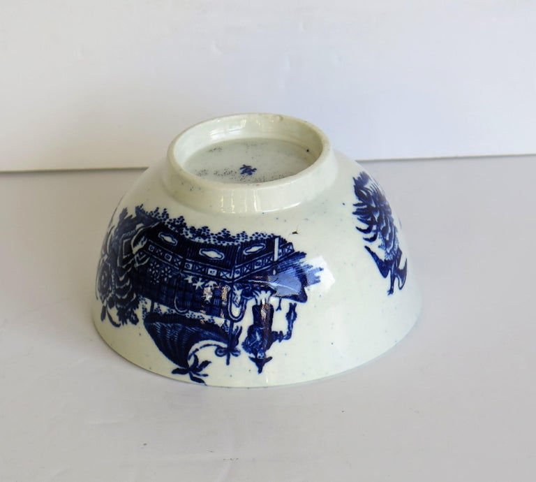First Period Dr. Wall Worcester porcelain Blue Bowl in Fisherman Ptn, Circa 1775 For Sale 7