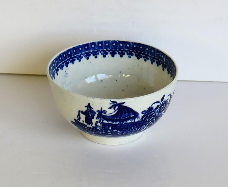 A good 18th century, First period ( Dr. Wall), Worcester porcelain bowl, printed in cobalt blue with the