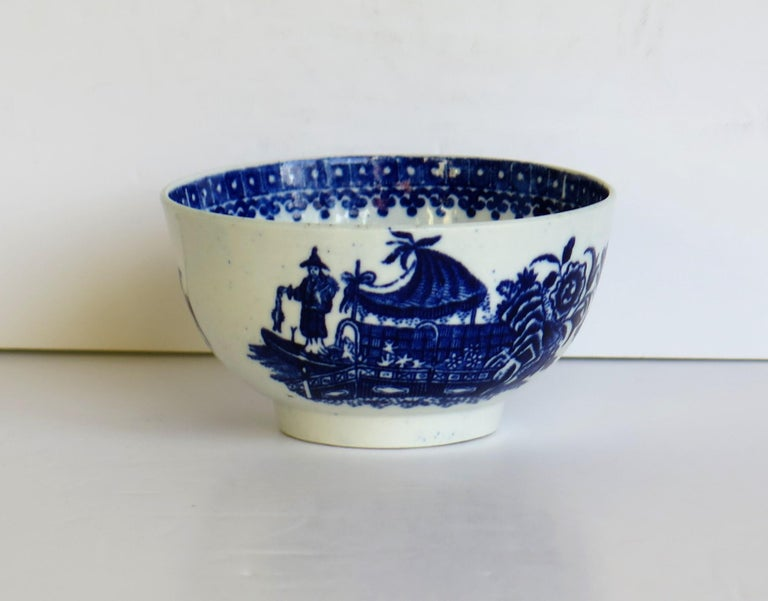 Glazed First Period Dr. Wall Worcester porcelain Blue Bowl in Fisherman Ptn, Circa 1775 For Sale