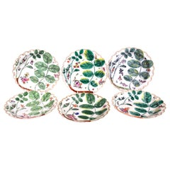 First Period Worcester Blind Earl Porcelain Dishes, Set of Six, circa 1770