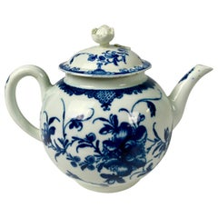 First Period Worcester Teapot Painted Underglaze Blue Mansfield Pattern c-1765