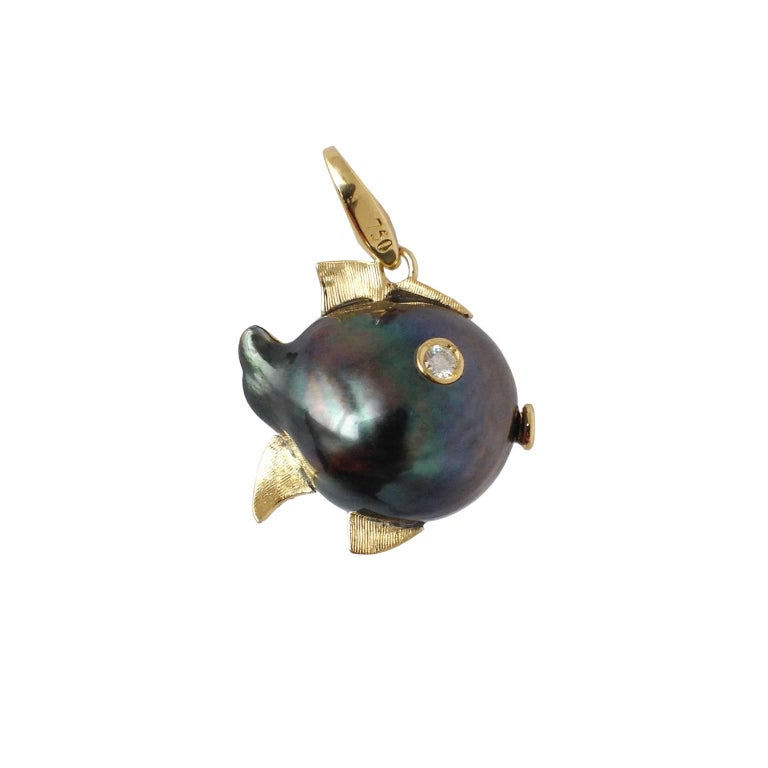 Fish White Diamond Black Pearl Yellow Gold Pendant/Necklace and Charm