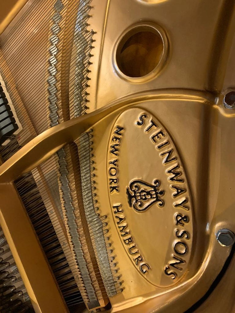 Fit for a King Steinway Louis XV Grand Piano in Beautiful Circassian Walnut For Sale 10