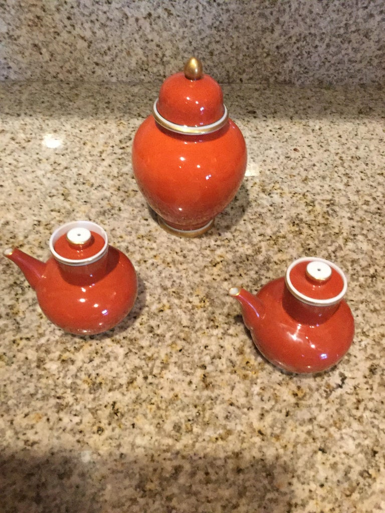 Japanese Fitz and Floyd Medaillon d'Or Pair of Cruets and Tea Ginger Jar, 1979