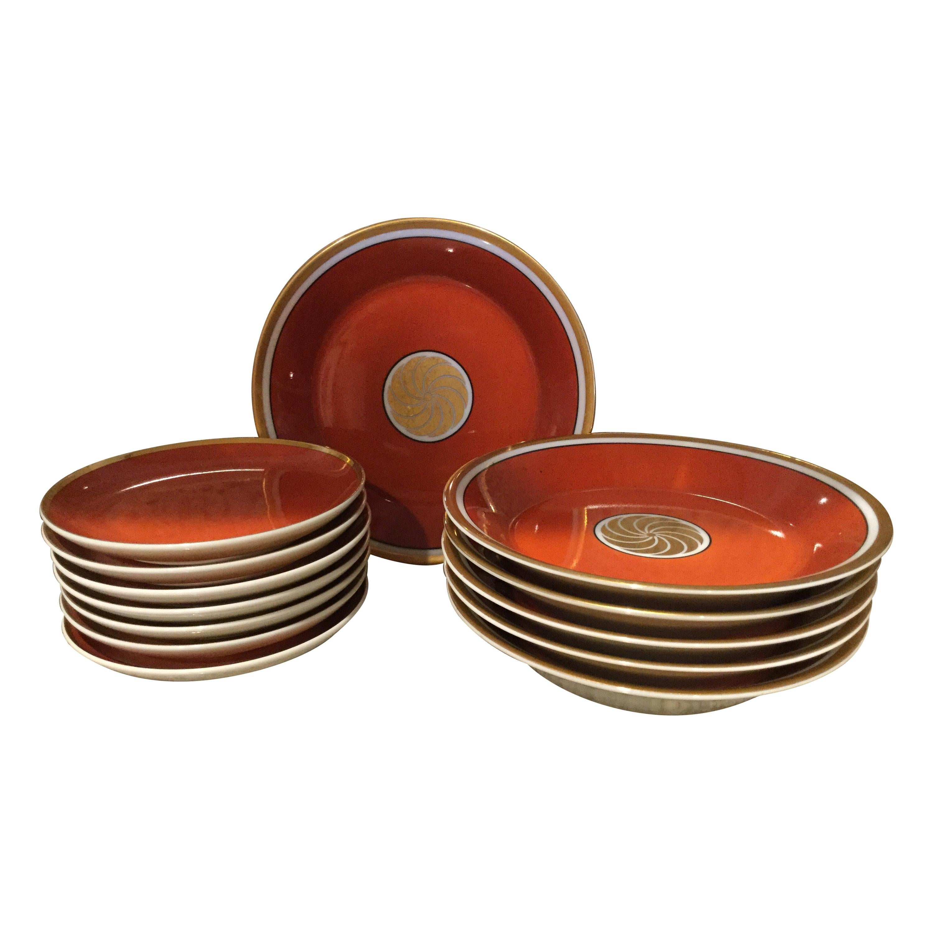 Fitz and Floyd Medaillon d'Or Set of 13 Persimmon and Gold Snack Plates, 1979