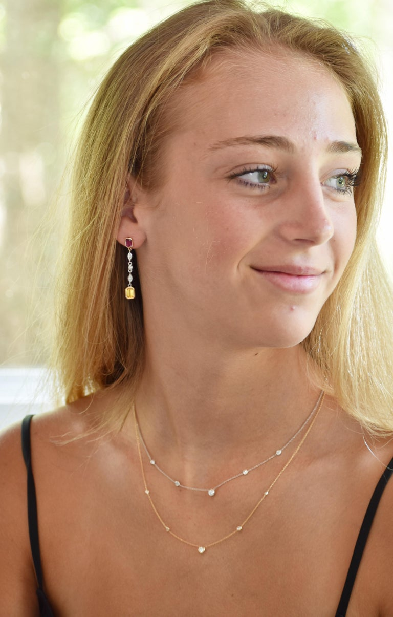 Round Cut Five Graduating Bezel-Set Diamond Necklace Weighing 0.38 Carat For Sale