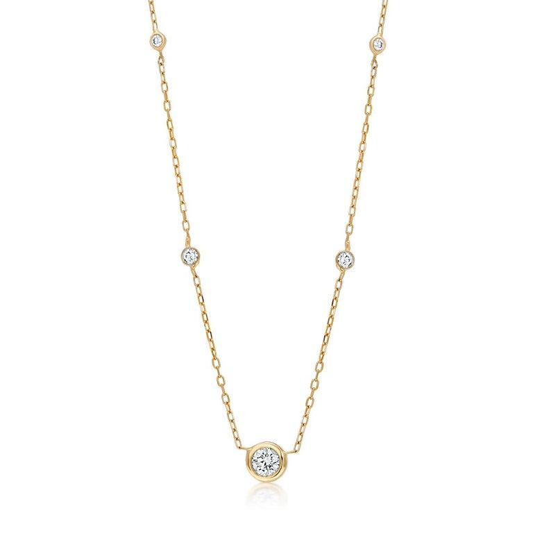 Modernist Five Graduating Diamond Bezel-Set Yellow Gold Necklace Pendant For Sale