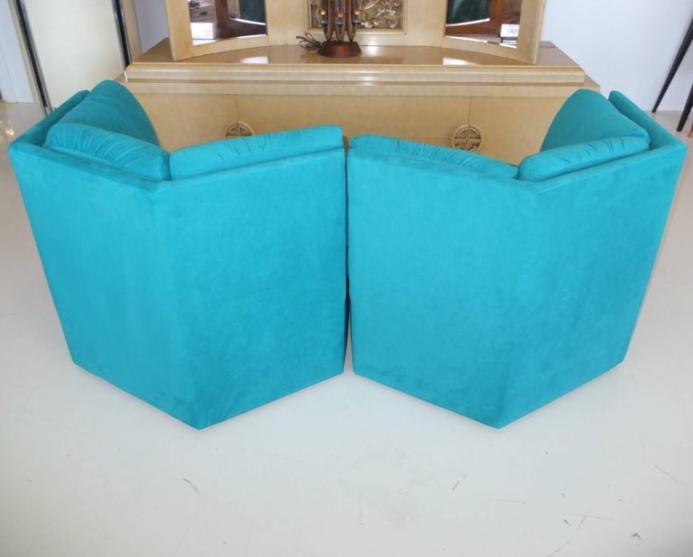 Pair Hexagonal Swivel Chairs by Milo Baughman for Thayer Coggin For Sale 5