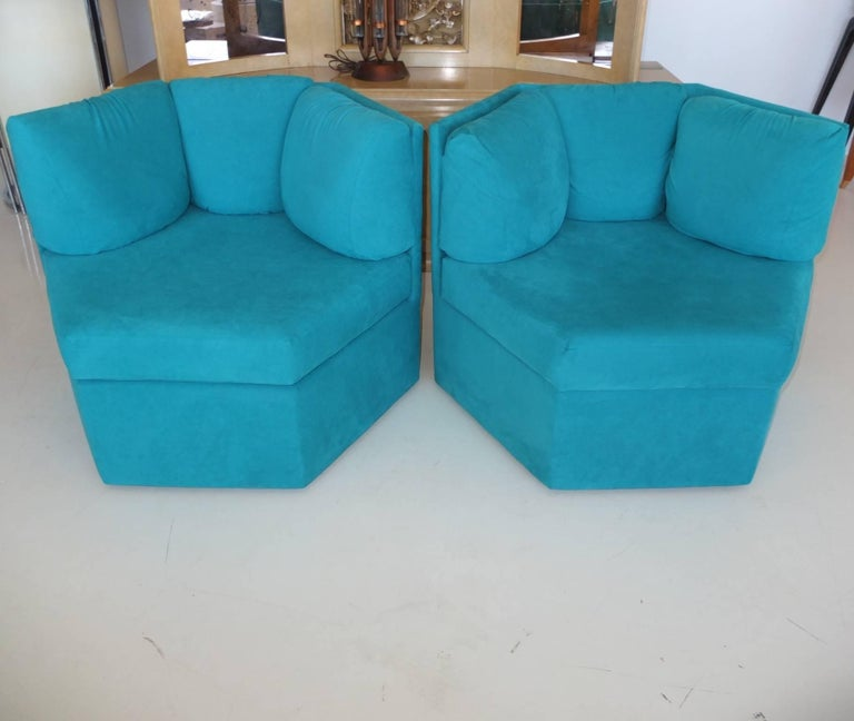 Late 20th Century Pair Hexagonal Swivel Chairs by Milo Baughman for Thayer Coggin For Sale