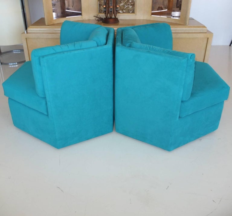 Pair Hexagonal Swivel Chairs by Milo Baughman for Thayer Coggin For Sale 1
