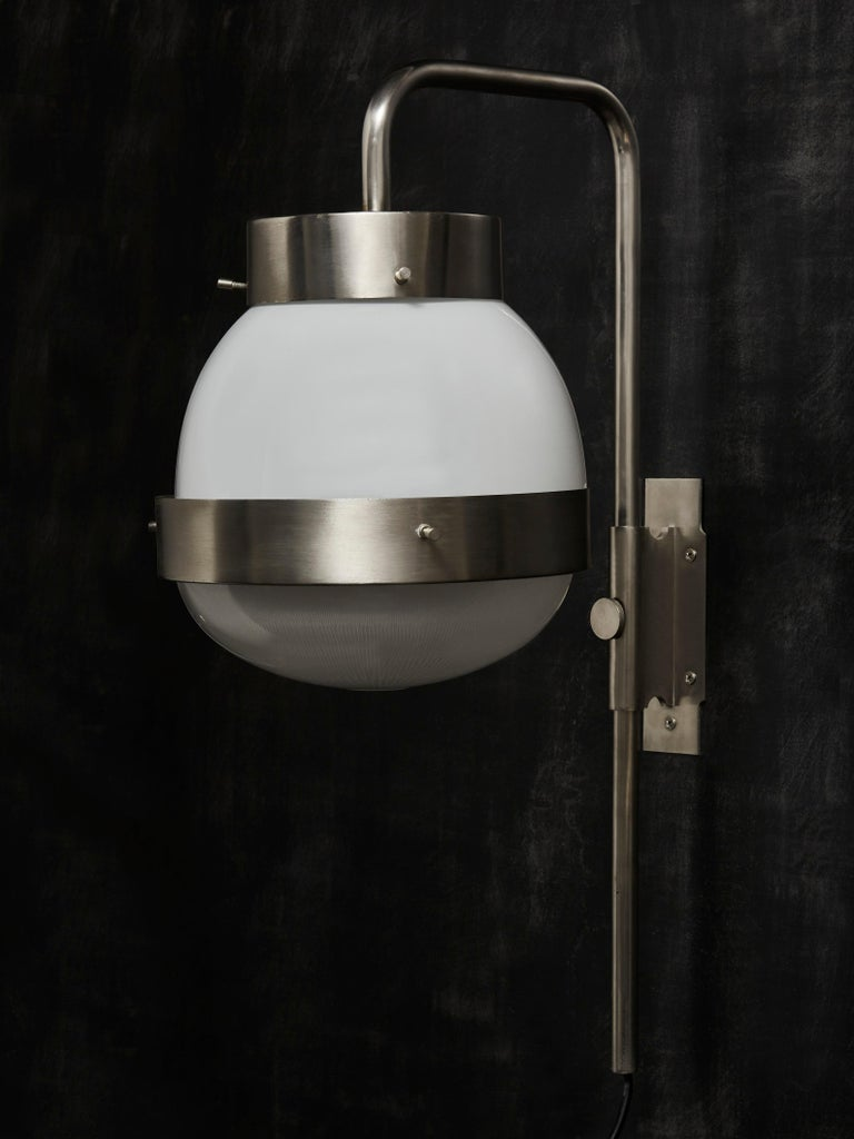 Five Large Delta Wall Sconces by Sergio Mazza for Artemide In Good Condition For Sale In Saint-Ouen, IDF