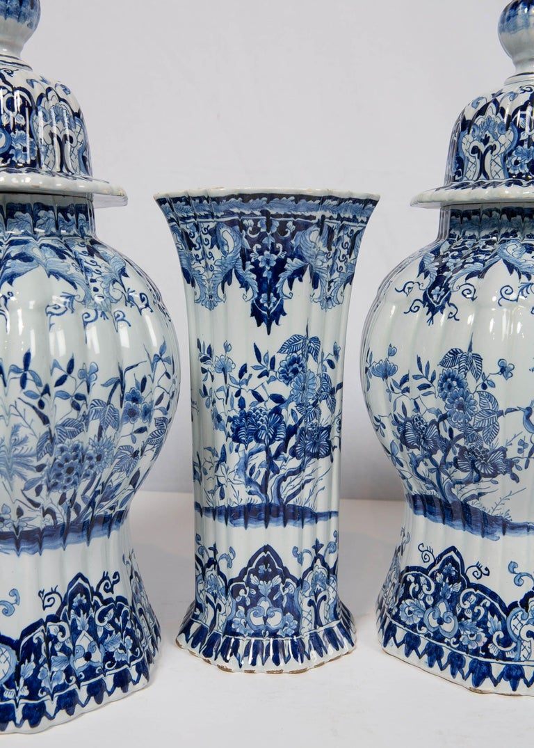 Rococo Five-Piece French Garniture in the Delft Style Made 20th Century For Sale