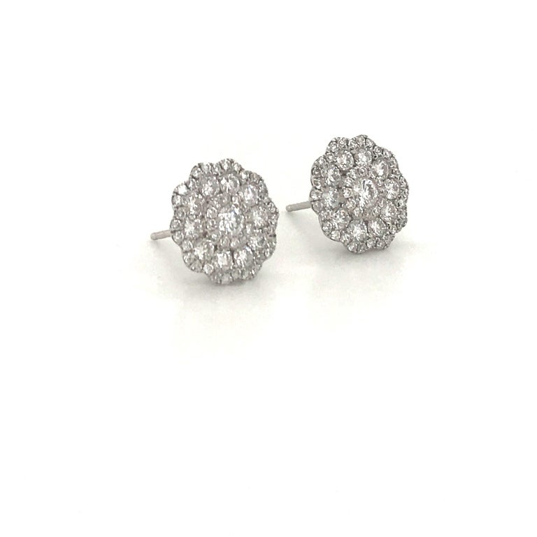 Five-Row Diamond Cluster Flower Earrings 1.38 Carat 18 Karat White Gold In New Condition For Sale In New York, NY