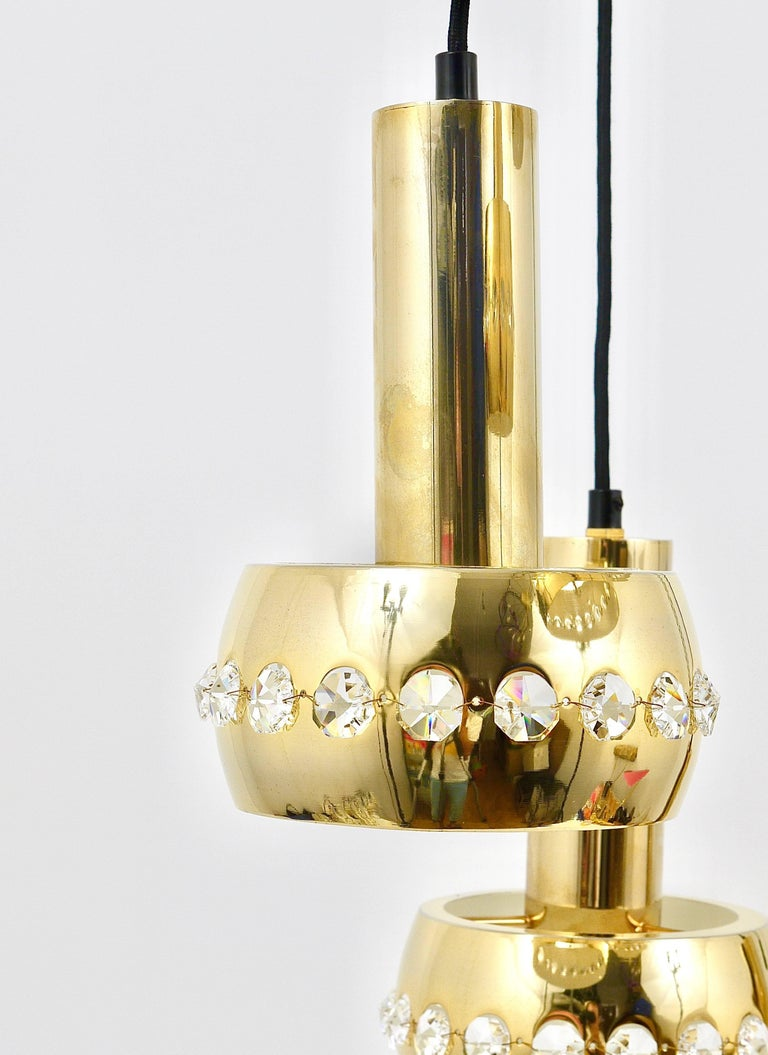 Five-Tier Bakalowits Brass & Crystals Cascade Chandelier Pendant Light, Austria In Excellent Condition For Sale In Vienna, AT