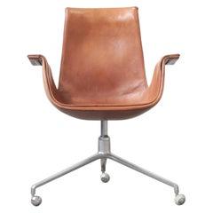 FK 6725 Tulip Chair by Fabricius & Kastholm Kill International