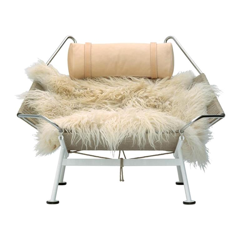 Flag Cream Halyard Lounge Chair, by Hans J. Wegner from PP Mobler For Sale