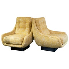 Flair Edition Pair of Contemporary Armchairs, Orange Jacquard Velvet, Italy 2020
