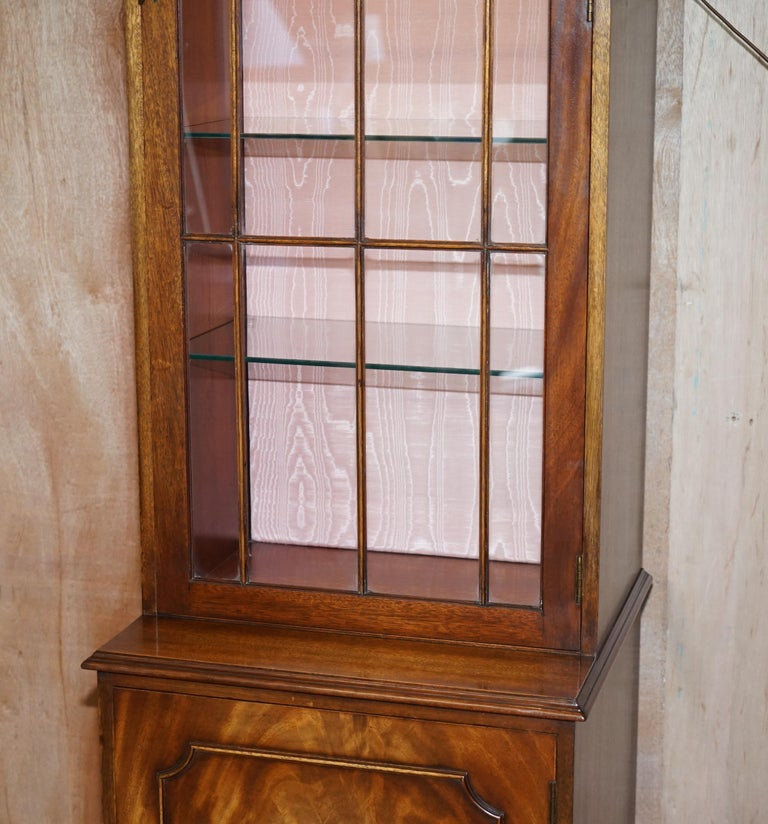 20th Century Flamed Hardwood  Bevan Funnell Glass Shelves with Lights Library Boocase Cabinet For Sale